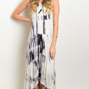 Dresses & Skirts - Lovely swirl dress